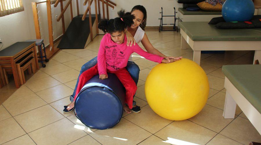 Pestalozzi Sumaré – Além do Horizonte – Fisioterapia